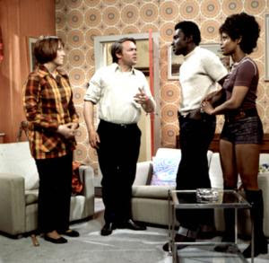 Series / Love Thy Neighbour